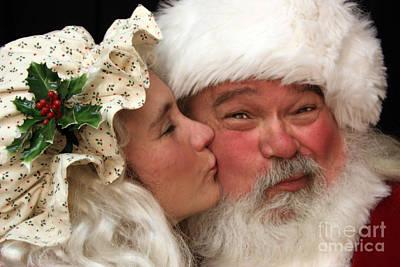 Kissing Santa Claus Art Print
