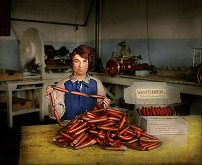 Photograph - Kitchen - Meat - Does It  Measure Up 1927 by Mike Savad
