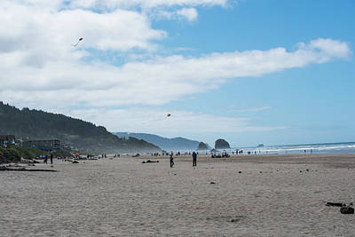 Photograph - Kite Flying On Cannon Beach by Tom Cochran