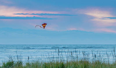 Photograph - Kite In The Air At Sunset by E Faithe Lester