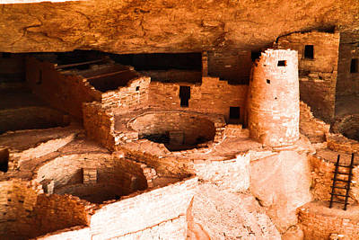 Kiva Photograph - Kiva And Tower At Mesa Verde by Jeff Swan