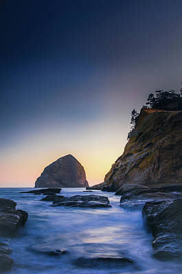 Photograph - Kiwanda Cove by Don Schwartz