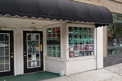 Photograph - Klamath Falls Oregon Steel Sensation Tattoo And Piercing Parlor  Dsc5080 by Wingsdomain Art and Photography