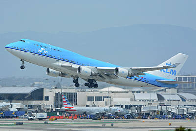 Print featuring the photograph Klm Boeing 747-406m Ph-bfh Los Angeles International Airport May 3 2016 by Brian Lockett