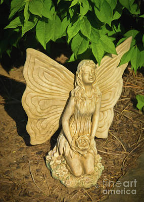 Photograph - Kneeling Angel by Janice Rae Pariza
