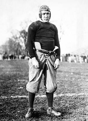 Photograph - Knute Rockne (1888-1931) by Granger
