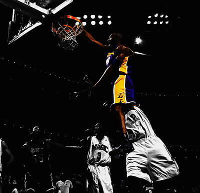 Magic Johnson Mixed Media - Kobe Bryant On Top Of Dwight Howard by Brian Reaves