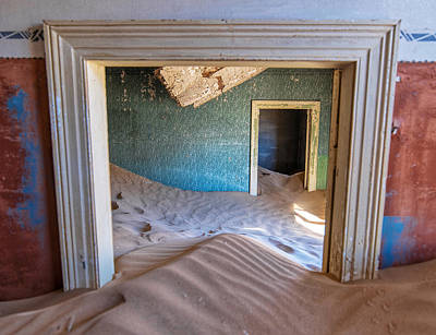 Photograph - Kolmanskop 1 by Rand