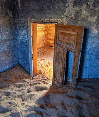 Photograph - Kolmanskop by Rand
