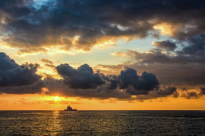 Photograph - Kona Gold Sunset by David Lawson