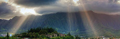 Stylized Photograph - Koolau Sun Rays by Dan McManus