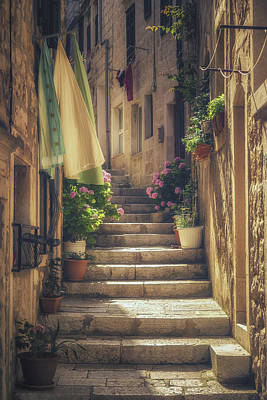 Vintage Laundry Photograph - Korcula Alley No 1 by Chris Fletcher