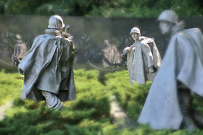 Photograph - Korean Memorial by Lorella Schoales
