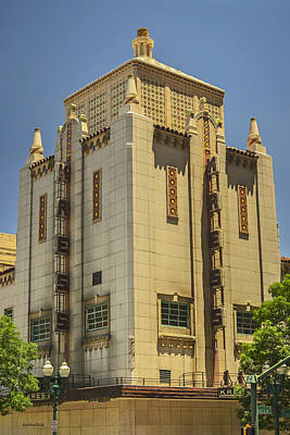Photograph - Kress Building by Allen Sheffield