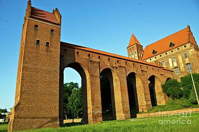 Photograph - Kwidzyn Castle Poland by Elzbieta Fazel