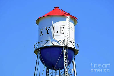 Photograph - Kyle Texas - Water Tower 12318 by Ray Shrewsberry
