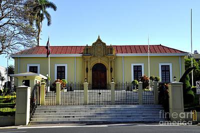 Photograph - La Casa Amarilla by Andrew Dinh