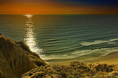 Coastal Photograph - La Jolla Blacks Beach Sunset by Russ Harris
