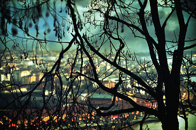 Surrealistic Photograph - La Perte by Taylan Apukovska