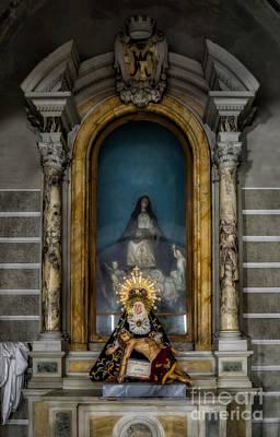 La Pieta Statue Art Print
