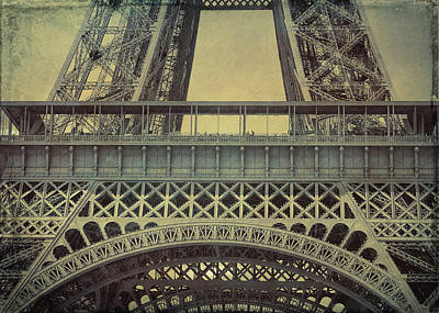 Photograph - La Tour Eiffel Grunge by JAMART Photography