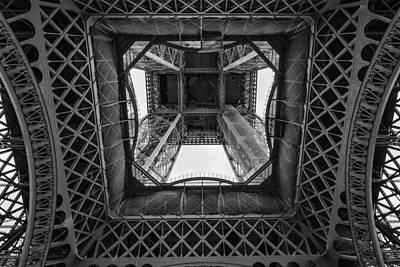 Photograph - La Tour Eiffel by Pablo Lopez