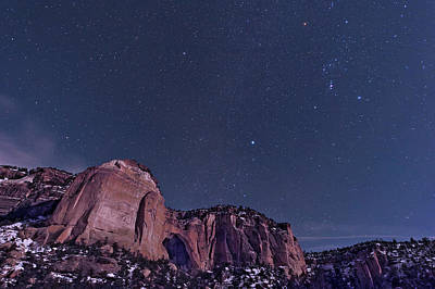 Photograph - La Ventana Arch With The Orion by John Davis