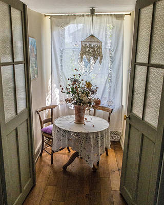 Photograph - Lacy Alcove by Gary Karlsen