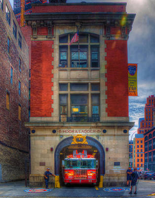 Photograph - Ladder 8 355 by Jeff Stallard