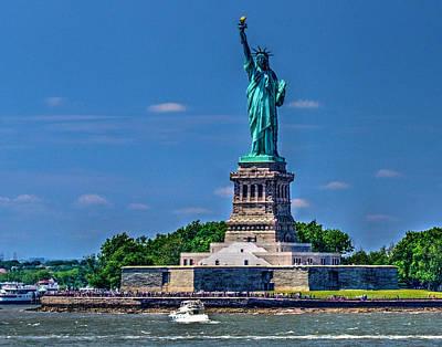 Photograph - Lady Liberty 375 by Jeff Stallard