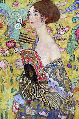 Shoulder Painting - Lady With A Fan by Gustav Klimt