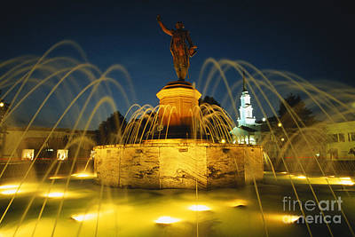 Lafayette Square And Fountain, Georgia Art Print
