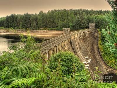 Photograph - Laggan Dam by Yvonne Johnstone