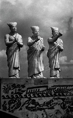 Photograph - Statues Of Three White-cap Chiefs--v by Muyiwa OSIFUYE
