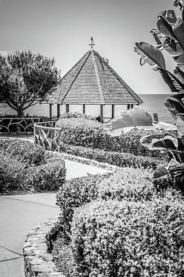 Shack Photograph - Laguna Beach Gazebo Black And White Photo by Paul Velgos
