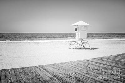 Shack Photograph - Laguna Beach Lifeguard Tower Black And White Photo by Paul Velgos