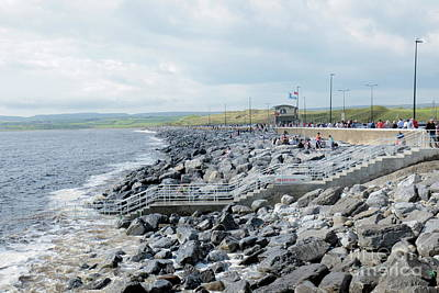 Photograph - Lahinch by Peter Skelton