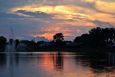 Photograph - Lake City Sunset Over Lake Desoto by rd Erickson