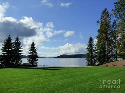 Photograph - Lake Coeur D' Alene Wedding Garden by Jean Wright
