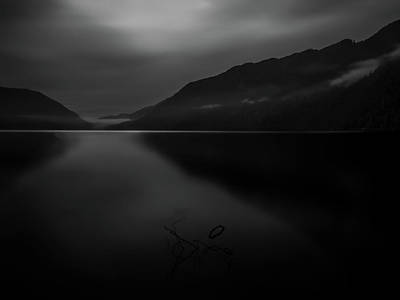 Photograph - Lake Crescent 9 by Thomas Hall