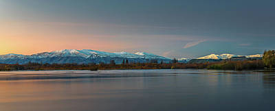 Photograph - Lake Dunstan by Martin Capek