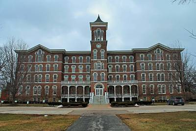 Photograph - Lake Erie College- College Hall by Michiale Schneider
