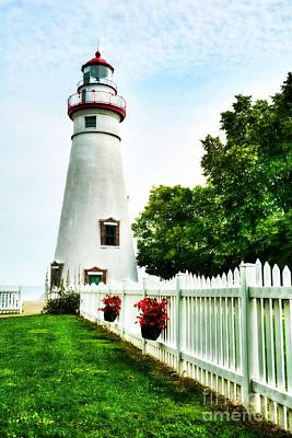 Photograph - Lake Erie Lighthouse by Mel Steinhauer