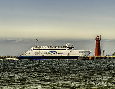 Muskegon Lighthouse Wall Art - Photograph - Lake Express Ferry - Muskegon by Nick Zelinsky