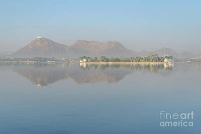 Photograph - Lake Fateh Sagar 01 by Werner Padarin