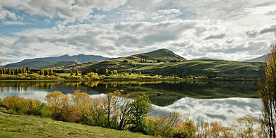 Photograph - Lake Hayes by Chris Cousins