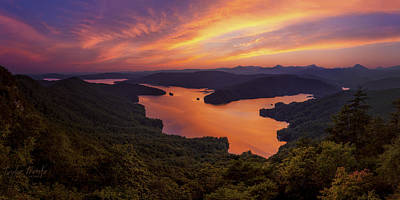 Smokey Mountains Photograph - Lake Jocassee by Taylor Franta
