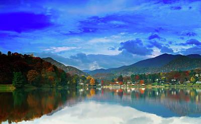 Photograph - Lake Junaluska In Autumn by L O C