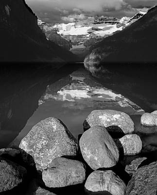 Photograph - 1m3406-bw-e-lake Louise And Mt. Victoria Bw  by Ed  Cooper Photography