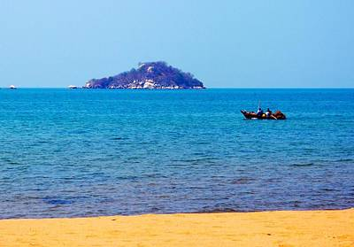 Photograph - Lake Of Malawi 05 by Dora Hathazi Mendes